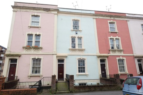 View Full Details for 152 B ( 2 Bed Garden Maisonette ) City Road, St. Pauls, Bristol - EAID:hollismoapi, BID:11