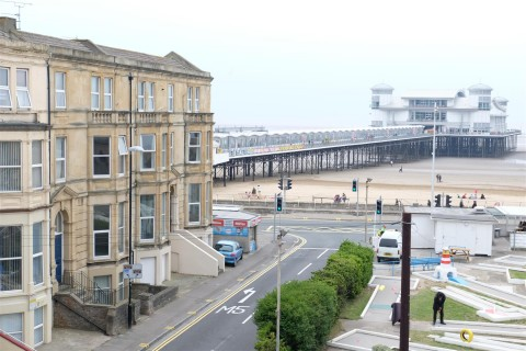 View Full Details for 2 Victoria Square, Weston-Super-Mare - EAID:hollismoapi, BID:11