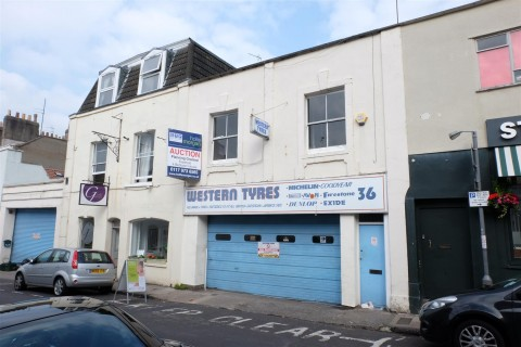 View Full Details for Princess Victoria Street, Clifton, Bristol - EAID:hollismoapi, BID:11