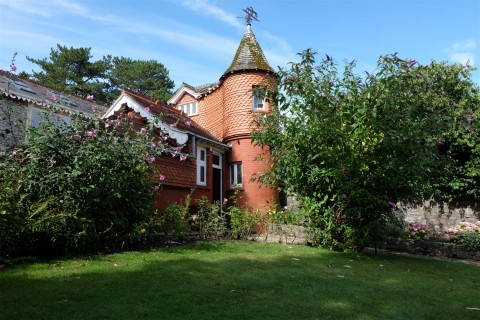 View Full Details for Rear Of The Gables, Church Road - EAID:hollismoapi, BID:11