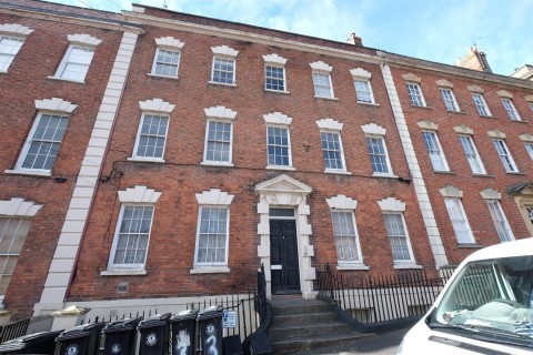 View Full Details for Flat 4, 2 Albermarle Row, Hotwells, Bristol - EAID:hollismoapi, BID:11