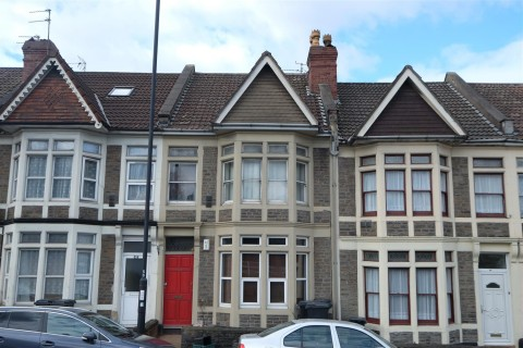 View Full Details for 660a ( First Floor Flat ) Stapleton Road, Bristol - EAID:hollismoapi, BID:11