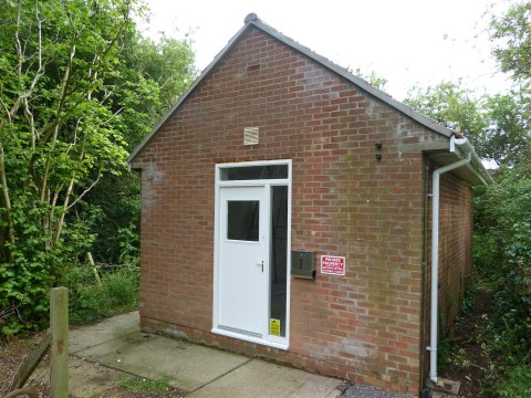 View Full Details for The Telephone Repeater Station, Riding Barn Hill, Wick, Bristol - EAID:hollismoapi, BID:11