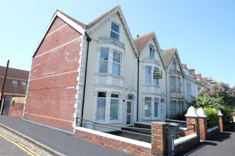 View Full Details for 233 Avonmouth Road, Avonmouth, Bristol - EAID:hollismoapi, BID:11