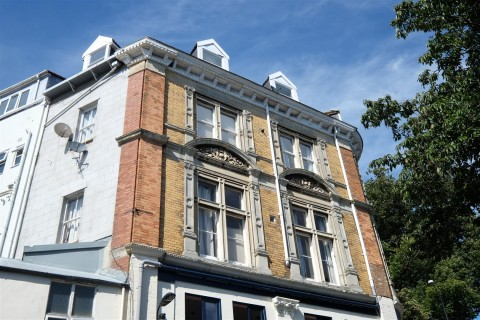 View Full Details for Regent Street, Clifton - EAID:hollismoapi, BID:11