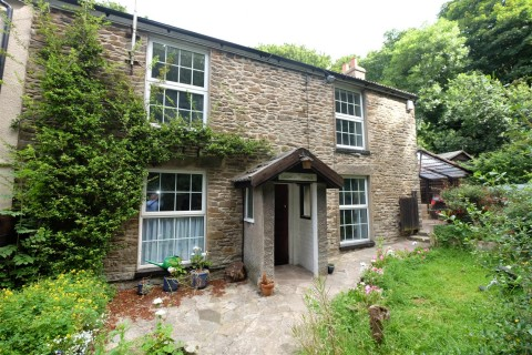 View Full Details for Lambarene Cottage, Lower Conham Vale, Hanham, Bristol - EAID:hollismoapi, BID:11