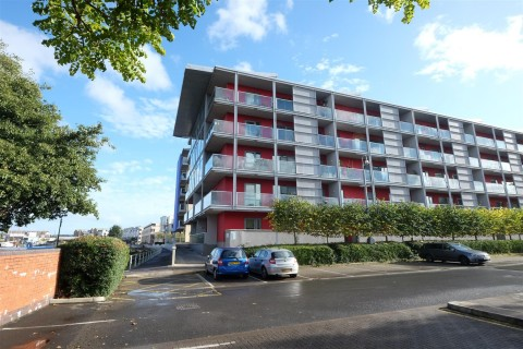 View Full Details for Caledonian Road, Harbourside - EAID:hollismoapi, BID:1