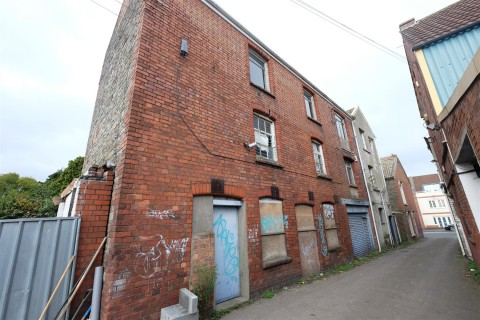 View Full Details for The Old Bakery, Bell Hill Road, St George - EAID:hollismoapi, BID:11