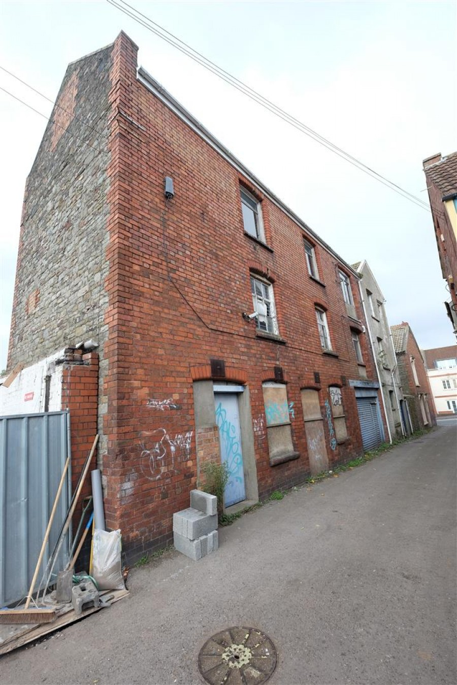 Images for The Old Bakery, Bell Hill Road, St George EAID:hollismoapi BID:11
