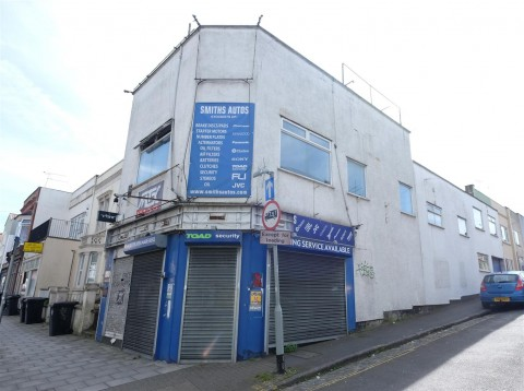 View Full Details for DEVELOPMENT OPPORTUNITY - 4 FLATS - GDV £715k + - EAID:hollismoapi, BID:11
