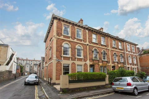 View Full Details for Sunningdale, Clifton - EAID:hollismoapi, BID:1