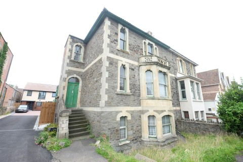 View Full Details for GARDEN FLAT FOR UPDATING - EAID:hollismoapi, BID:11