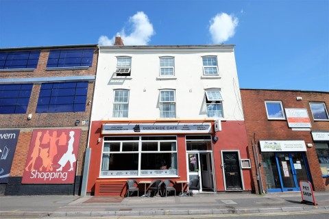 View Full Details for INVESTMENT / DEVELOPMENT CLOSE TO GLOUCESTER QUAYS - EAID:hollismoapi, BID:11
