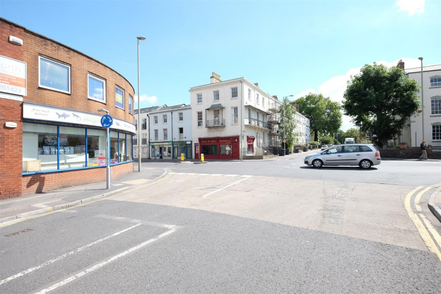 Images for INVESTMENT / DEVELOPMENT CLOSE TO GLOUCESTER QUAYS EAID:hollismoapi BID:11