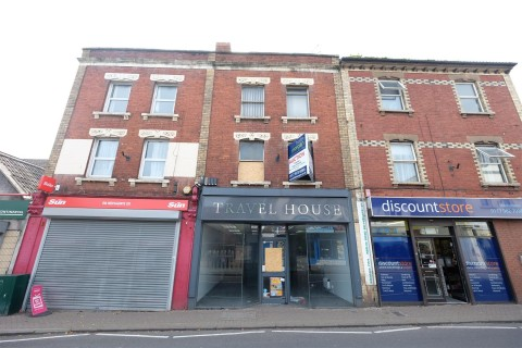 View Full Details for FREEHOLD COMMERCIAL PREMISES ( 2511 Sq Ft ) - EAID:hollismoapi, BID:11