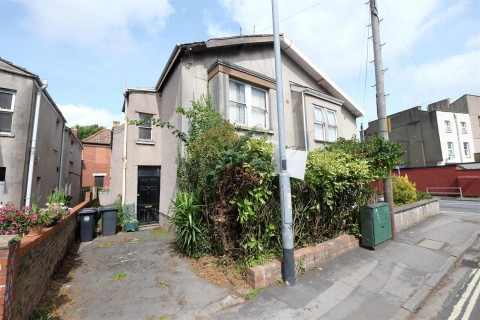 View Full Details for HOUSE FOR UPDATING - SOUTHVILLE - EAID:hollismoapi, BID:11