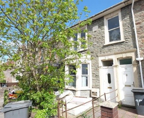 View Full Details for 93 High Street - HOUSE FOR UPDATING - EAID:hollismoapi, BID:11