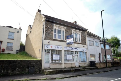 View Full Details for MIXED USE - 2 FLATS / 2 RETAIL UNITS - EAID:hollismoapi, BID:11