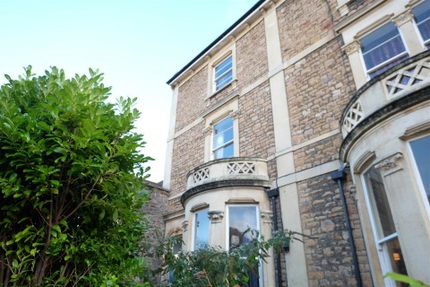 View Full Details for CLIFTON TOWNHOUSE / HMO FOR BASIC UPDATING - EAID:hollismoapi, BID:11