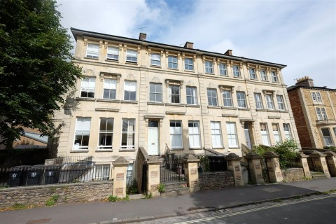 View Full Details for HALL FLOOR FLAT FOR BASIC UPDATING - EAID:hollismoapi, BID:11