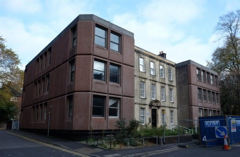 View Full Details for DEVELOPMENT OPPORTUNITY - CITY CENTRE - EAID:hollismoapi, BID:11