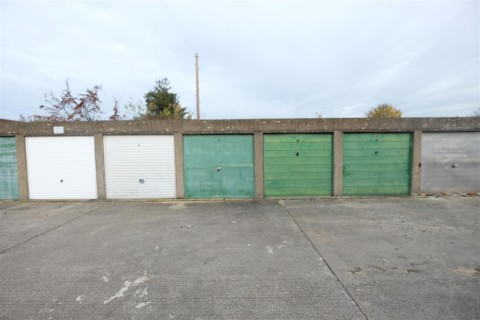 View Full Details for RANK OF 4 GARAGES - HIGH STREET BATH BA2 - EAID:hollismoapi, BID:11