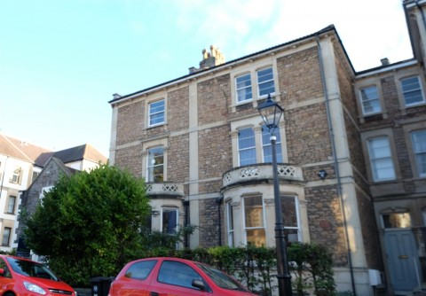 View Full Details for CLIFTON TOWNHOUSE / HMO FOR BASIC UPDATING - EAID:hollismoapi, BID:21
