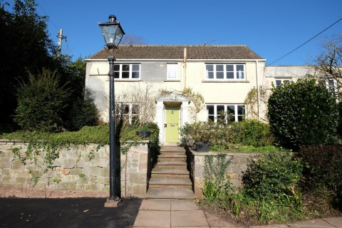 View Full Details for WRINGTON TOWNHOUSE - HUGE POTENTIAL - EAID:hollismoapi, BID:11