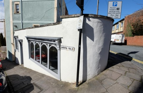View Full Details for STUDIO - CLIFTONWOOD - EAID:hollismoapi, BID:11