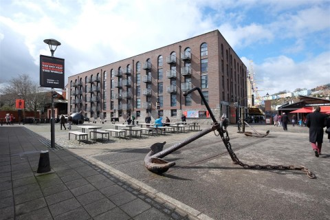View Full Details for HARBOURSIDE - REDUCED PRICE FOR AUCTION - EAID:hollismoapi, BID:11