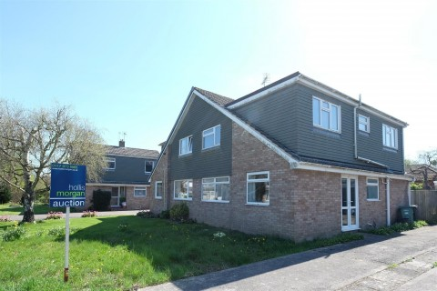 View Full Details for 4 BED FOR UPDATING - YATTON - EAID:hollismoapi, BID:11