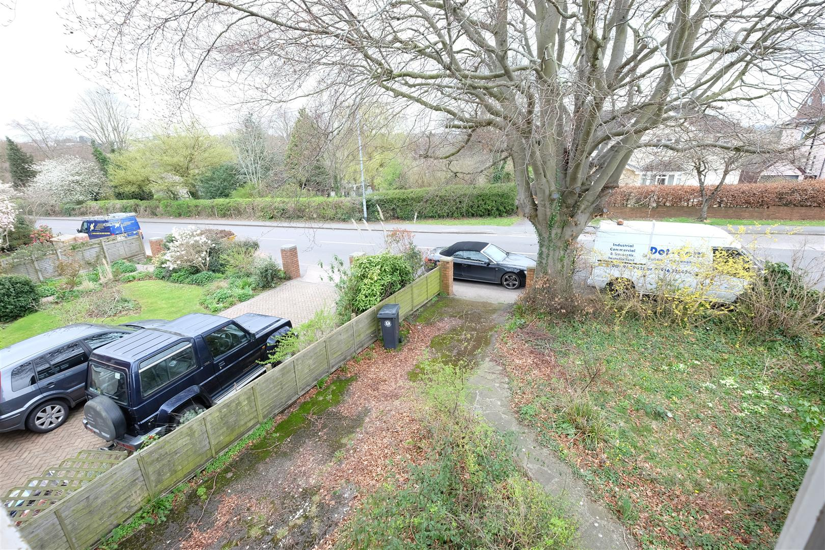 Images for FAMILY HOME FOR UPDATING - CANFORD LANE EAID:hollismoapi BID:11