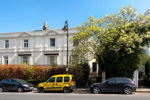 View Full Details for Pembroke Road, Clifton - EAID:hollismoapi, BID:1