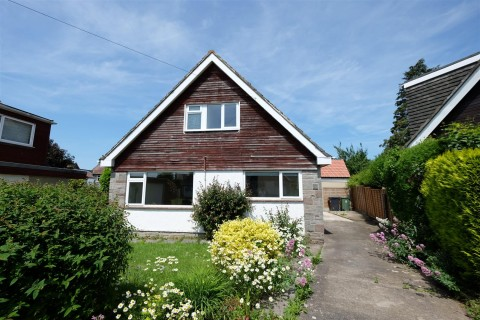 View Full Details for DETACHED BUNGALOW FOR BASIC UPDATING - EAID:hollismoapi, BID:11