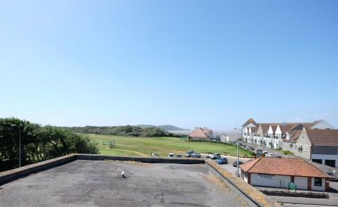 View Full Details for PENTHOUSE FOR MODERNISATION - GREAT VIEWS - EAID:hollismoapi, BID:11