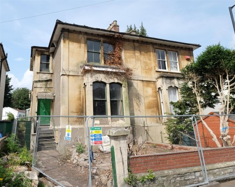 View Full Details for PERIOD PROPERTY FOR MODERNISATION - EAID:hollismoapi, BID:11