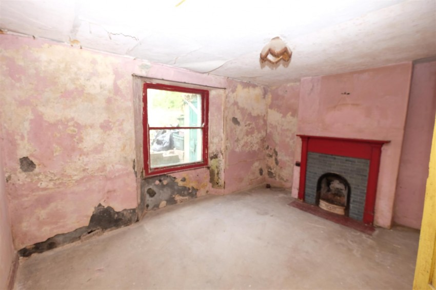 Images for PERIOD PROPERTY FOR MODERNISATION EAID:hollismoapi BID:11