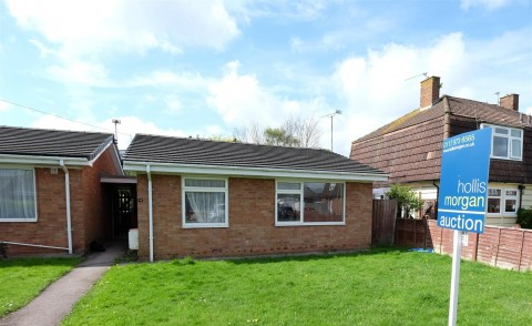 View Full Details for DETACHED BUNGALOW FOR MODERNISATION - EAID:hollismoapi, BID:11