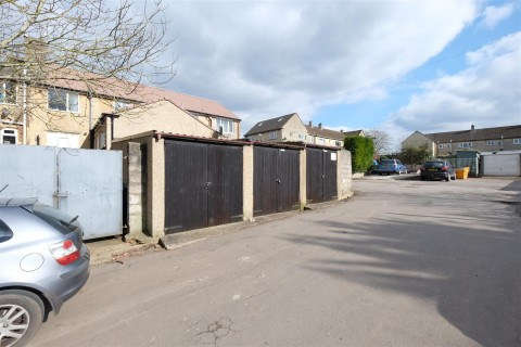 View Full Details for 6 GARAGES - 2 x RANKS OF 3 ( NEW PRICE ) - EAID:hollismoapi, BID:11