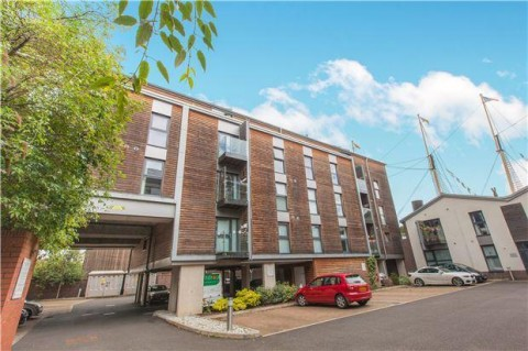 View Full Details for HARBOURSIDE FLAT - REDUCED PRICE FOR AUCTION - EAID:hollismoapi, BID:11