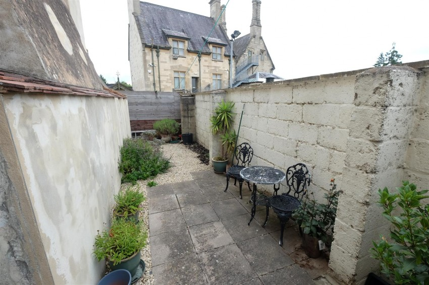Images for PERIOD TOWNHOUSE FOR UPDATING / HMO / FLATS EAID:hollismoapi BID:11
