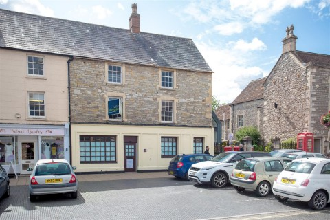 View Full Details for HUGE POTENTIAL - CHIPPING SODBURY HIGH ST - EAID:hollismoapi, BID:11