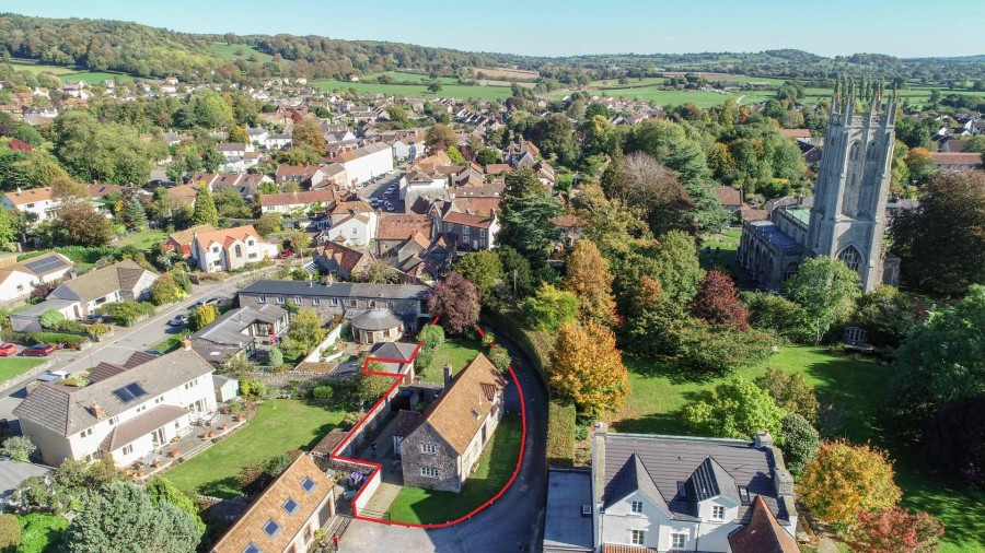 Images for DETACHED HOUSE - CENTRAL WRINGTON LOCATION EAID:hollismoapi BID:11