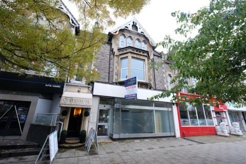View Full Details for FREEHOLD - SCOPE FOR RESI ON UPPER FLOORS - EAID:hollismoapi, BID:11