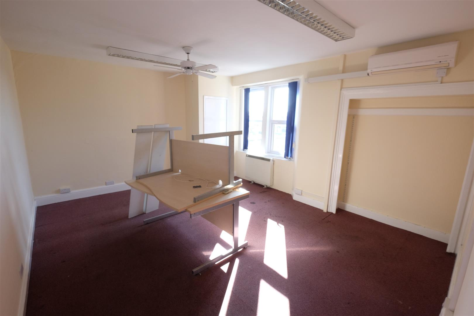 Images for FREEHOLD - SCOPE FOR RESI ON UPPER FLOORS EAID:hollismoapi BID:11