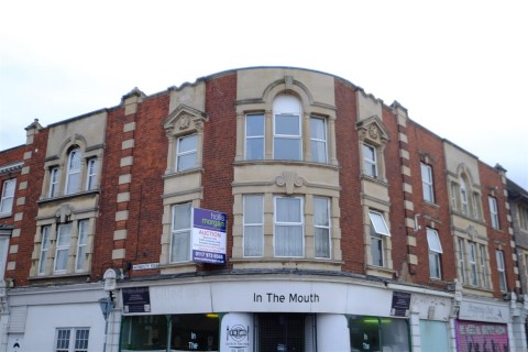 View Full Details for BLOCK OF 4 FLATS - AVONMOUTH - EAID:hollismoapi, BID:11