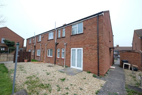 View Full Details for 2 BED FLAT - REDUCED PRICE FOR AUCTION - EAID:hollismoapi, BID:11