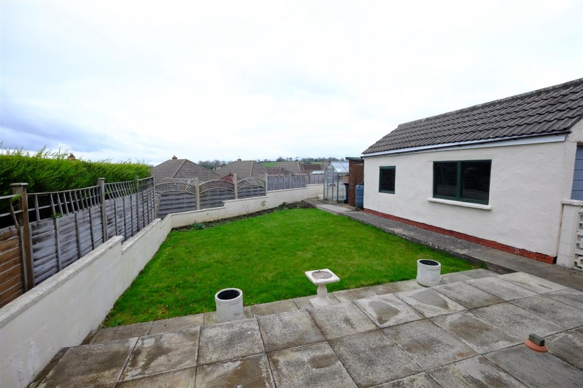 Images for DETACHED BUNGALOW - REDUCED PRICE FOR AUCTION EAID:hollismoapi BID:11