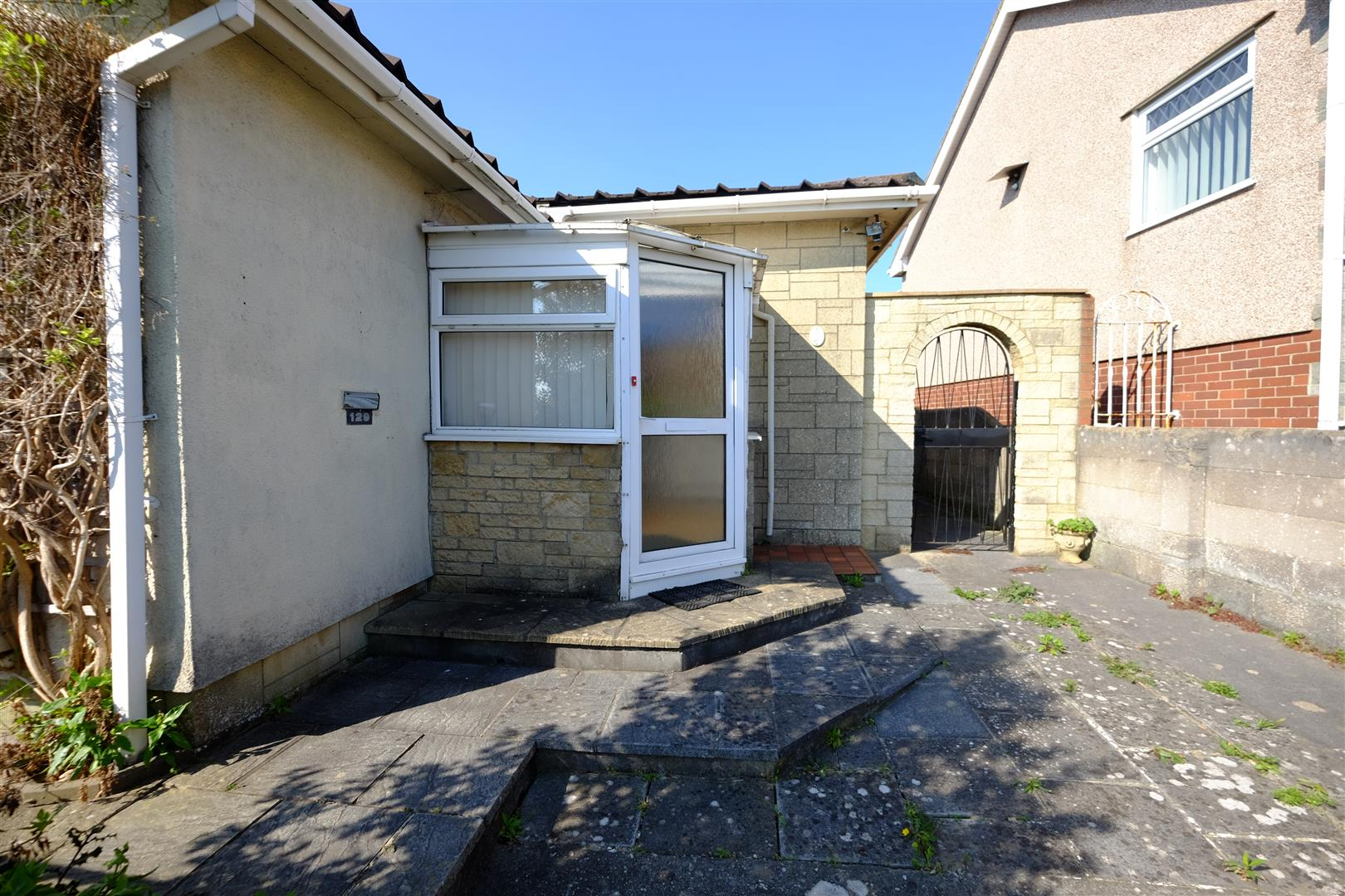 Images for HOUSE FOR UPDATING - BRISLINGTON EAID:hollismoapi BID:11