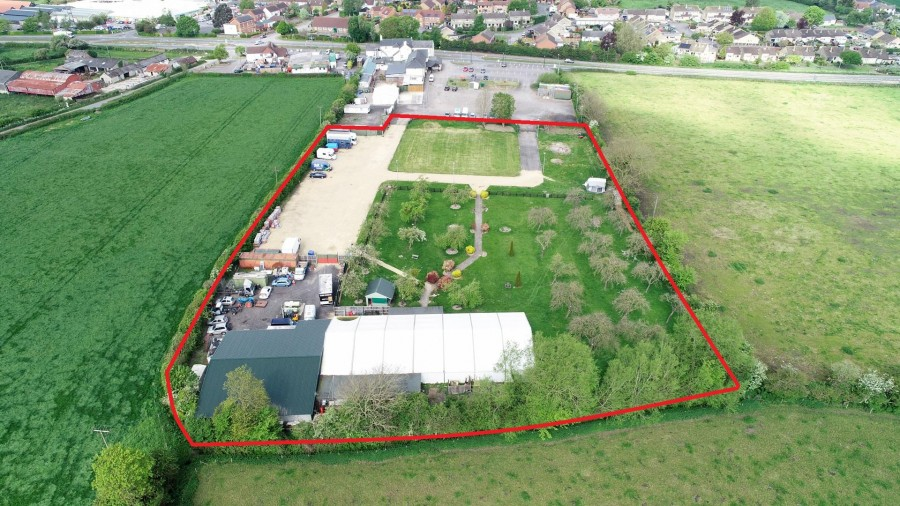 Images for 2.7 ACRE SITE - EVENTS VENUE + POTENTIAL EAID:hollismoapi BID:21